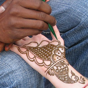 Henna Painting - Simplified